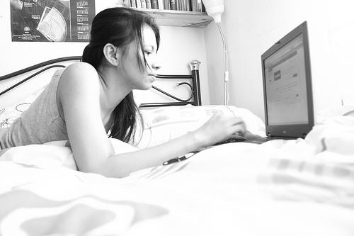a facebook addict per Abby Latif, a flickr